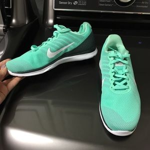 Nike training mint green shoes